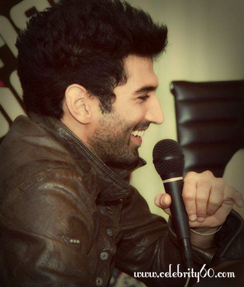 Aditya Roy Kapoor Hairstyle 2 Aditya Roy Kapoor Hairstyle Roy Kapoor Bollywood Actors Bollywood Stars