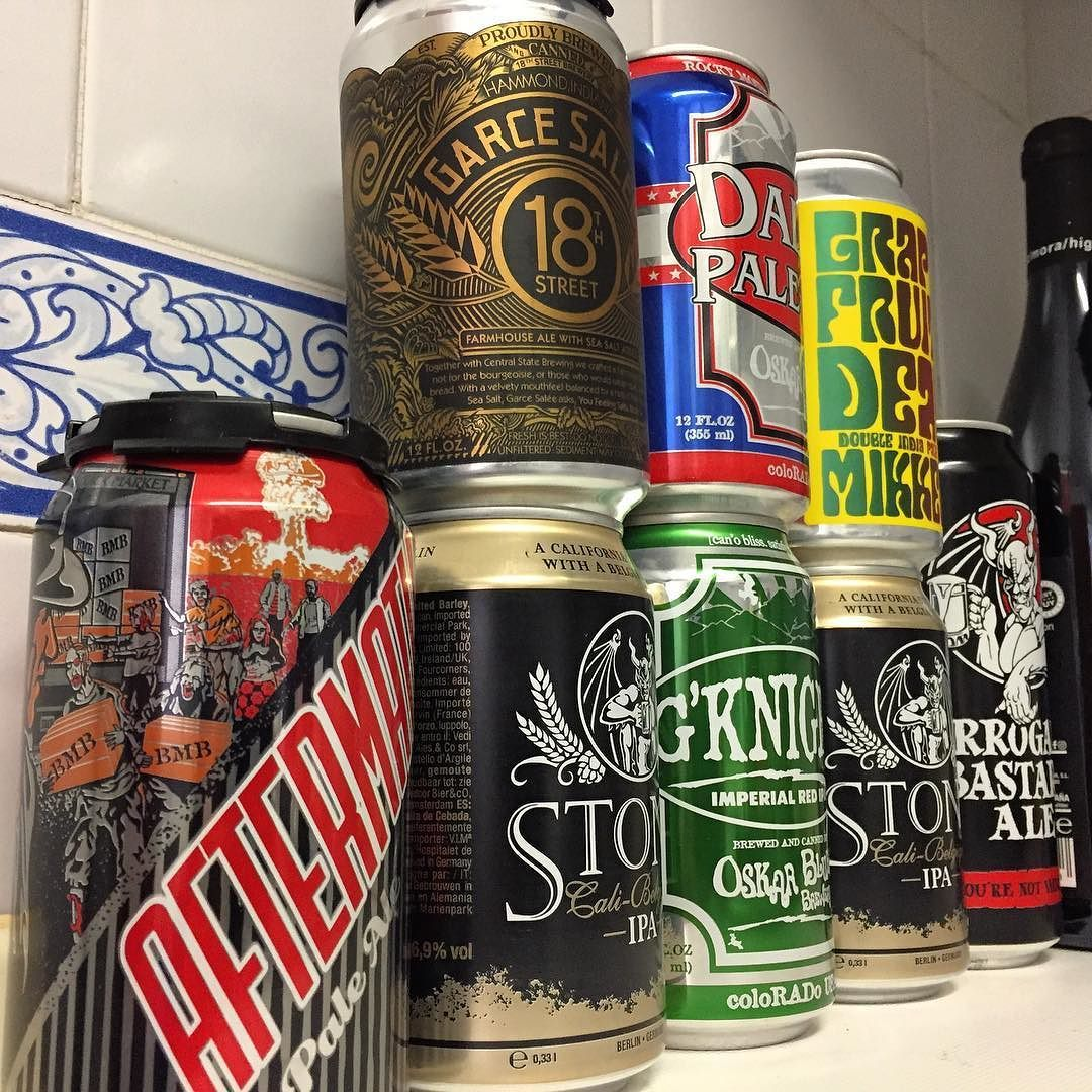 Hard to get this type of deliciousness in Spain. Glad #2d2despuma has the hookup. Part of today's beer delivery. @blackmarketbrew @stonebrewingco @18thstreetbrewery @centralstatebrewing @oskarblues @mikkellerbeer @arrogantbastard #hopsmash