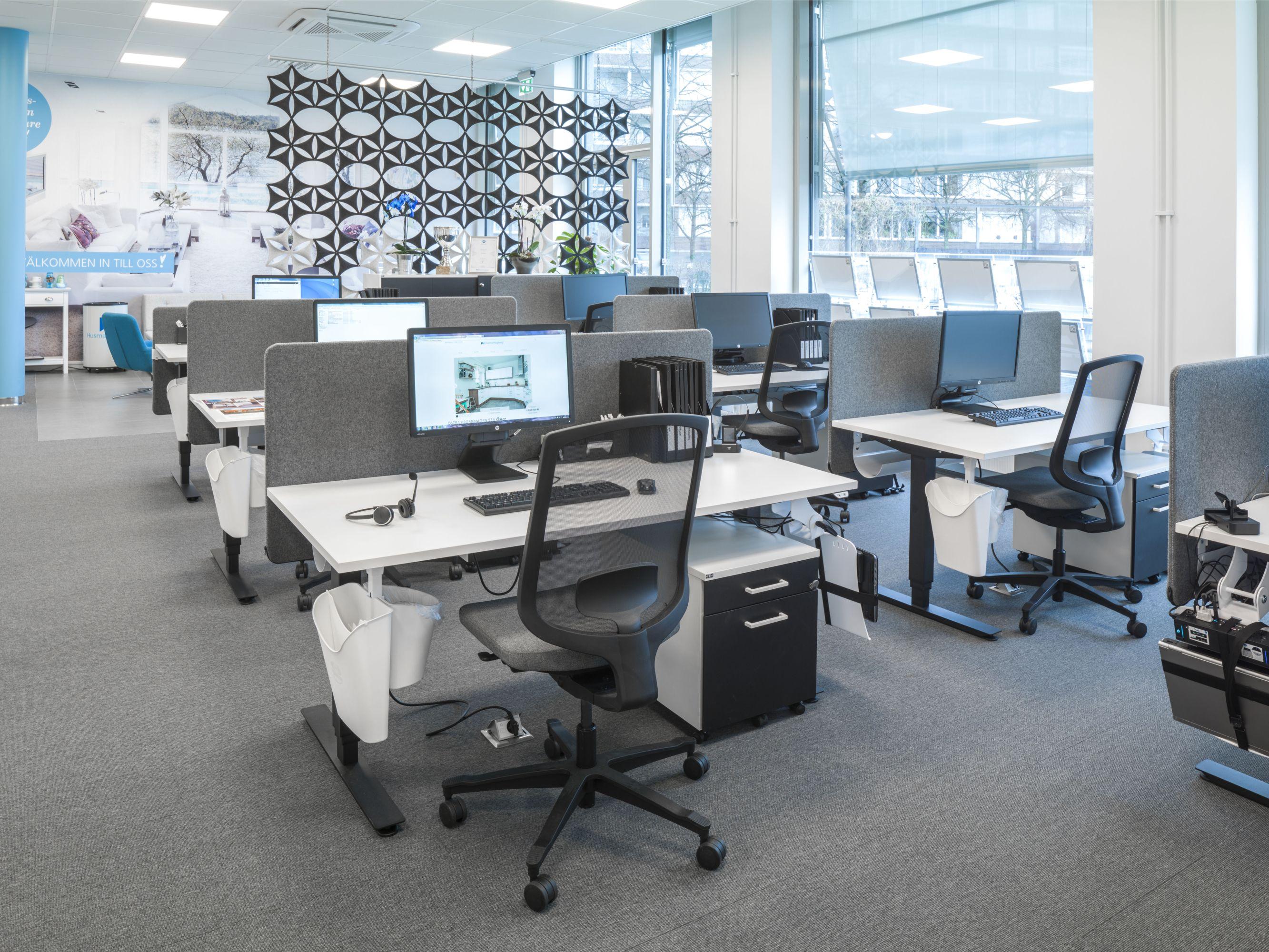 Modern storage area - Modern Open Office Area At Husmanhagberg Sweden Efg Izi Niveau Efg One