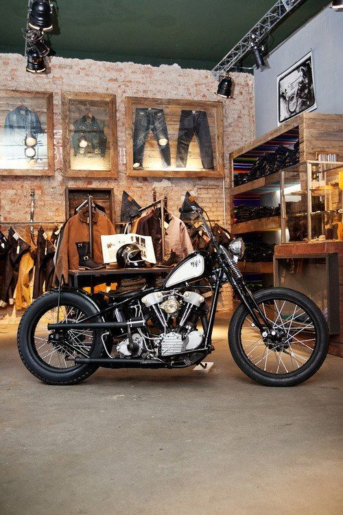 motorcycle shop interior design - Cerca amb Google