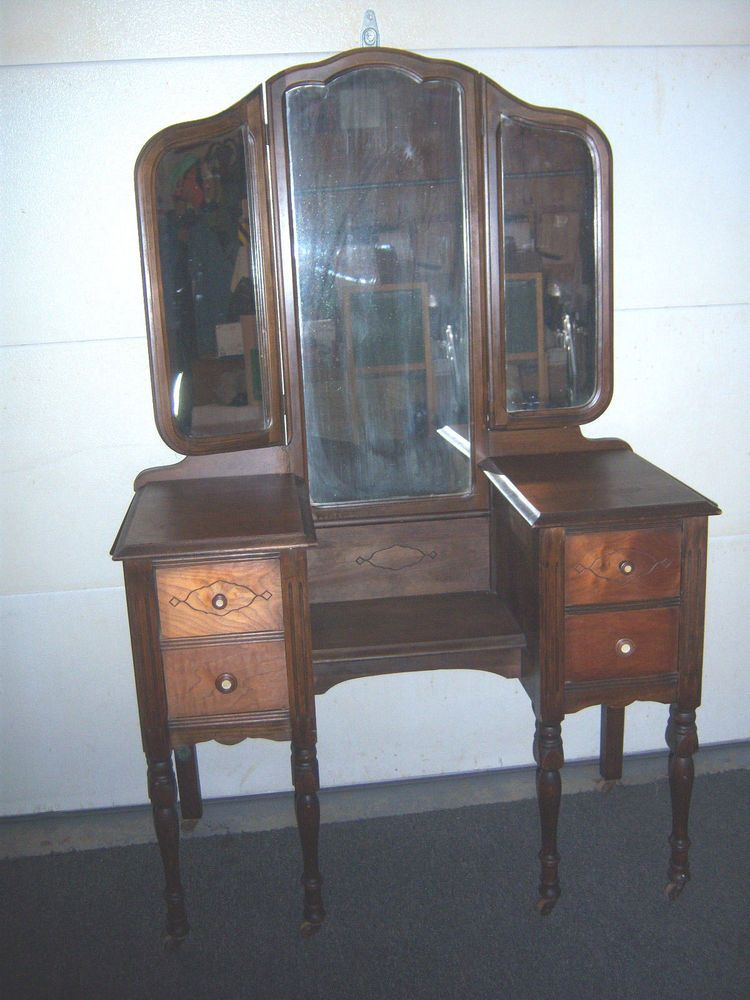 BEAUTIFUL Antique Tri-Fold Mirror VANITY w/wood roller casters  #MidCenturyModern #unknown - 40'S-50'S? BEAUTIFUL Antique Tri-Fold Mirror VANITY W/wood Roller