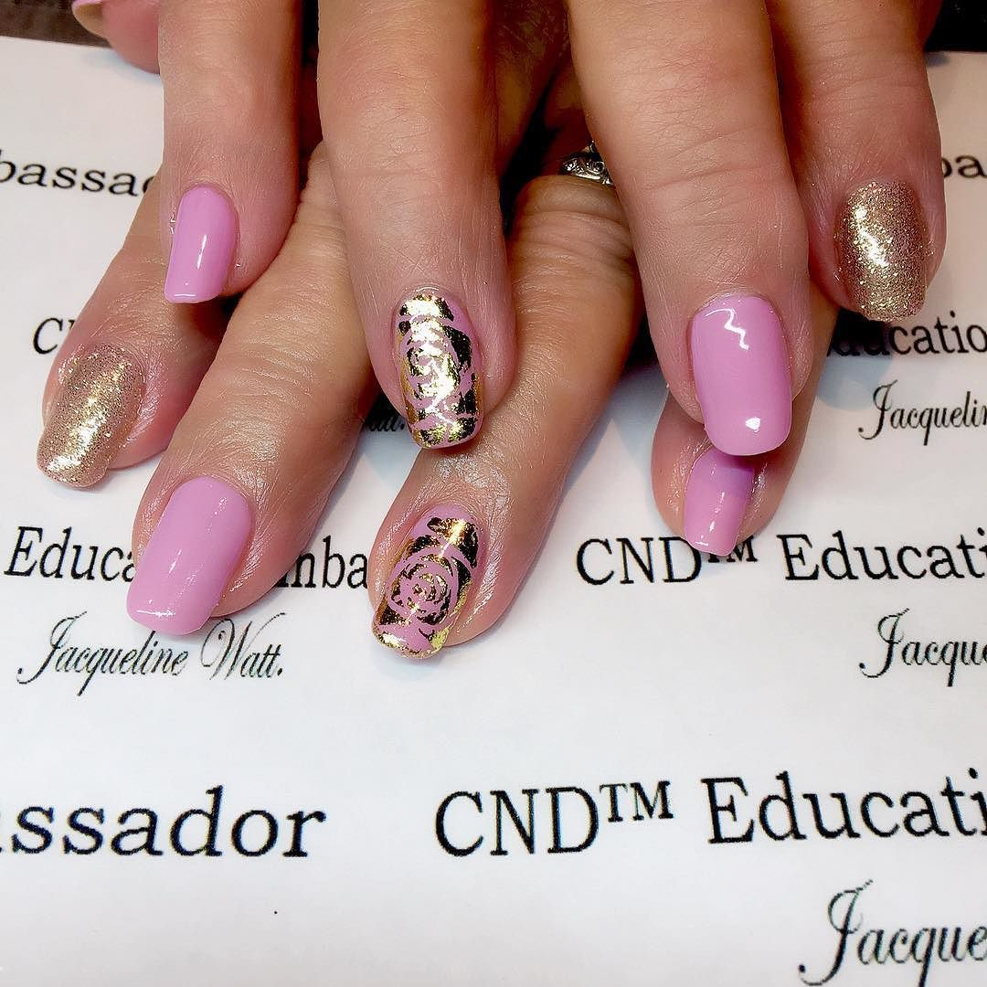 CND SHELLAC in Mauve Maverick with gold foil & glitter feature nails ...