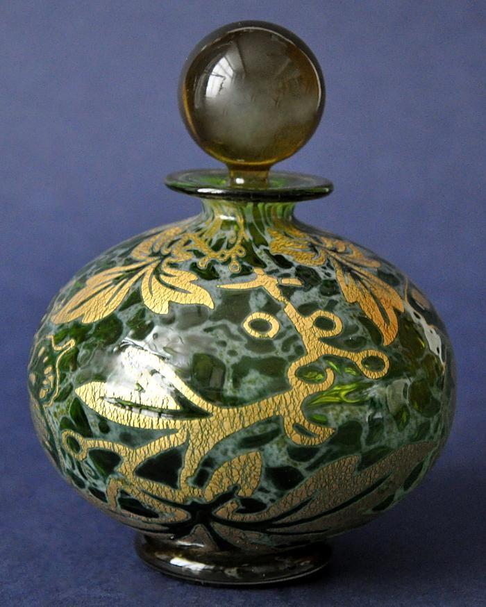 Timothy Harris Isle of Wight Studio Glass Graal Green Perfume Bottle Gold Foliate Design http://www.bwthornton.co.uk/isle-of-wight-richard-golding-bath-aqua-glass.php