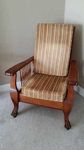 Antique Oak Morris Chair With Claw Feet 1900u0027s $500.00 & Antique Oak Morris Chair With Claw Feet 1900u0027s $500.00 | Our ...