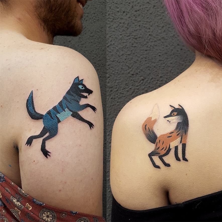 Matching Fox And Wolf Tattoos By Bard Tjelta Twin Serpent Tattoo Oslo Wolf Tattoos Twin Tattoos Him Her Tattoos