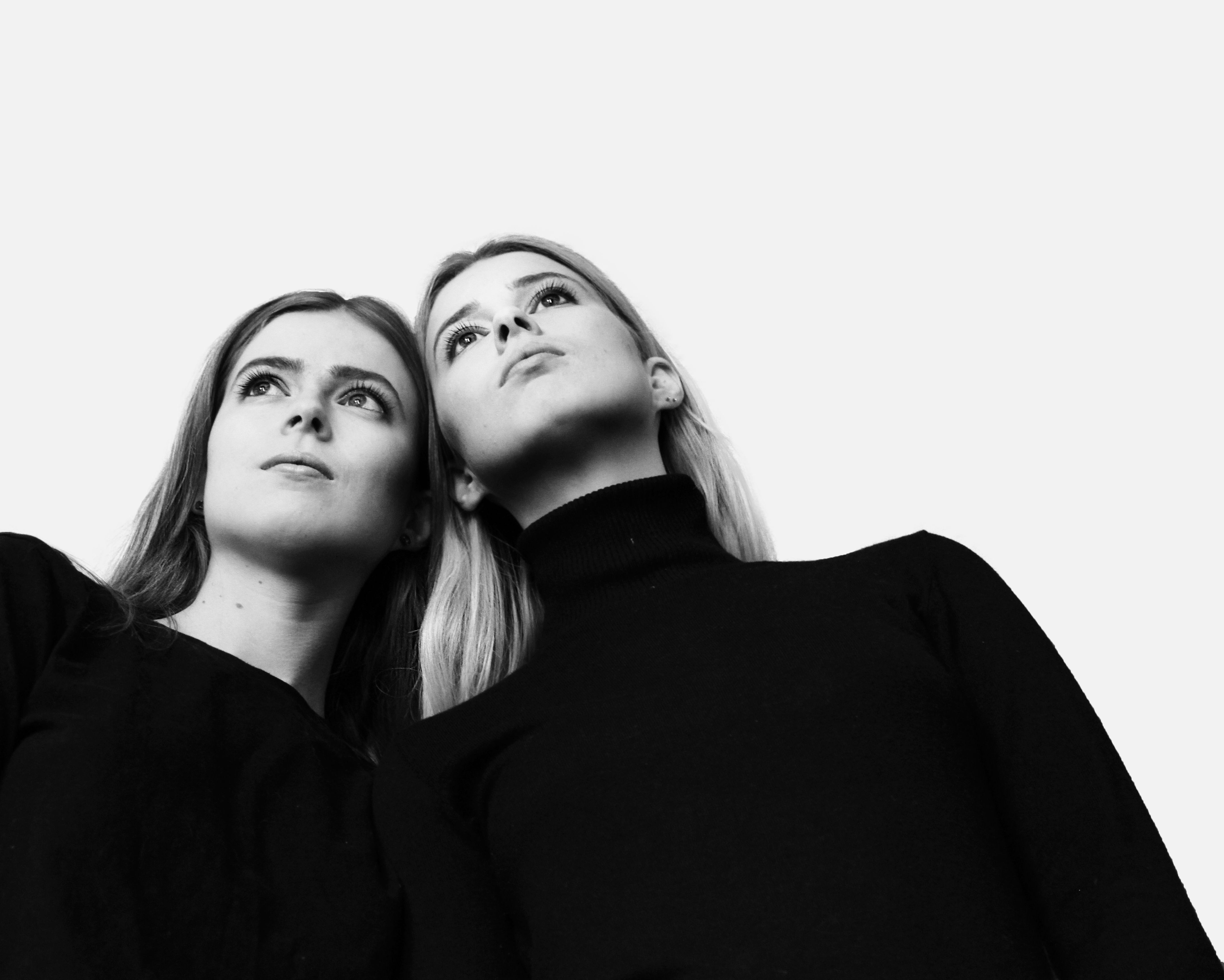 © Anne-Cécile Cochet 2015 The Twin Anna and Rachel Spencer