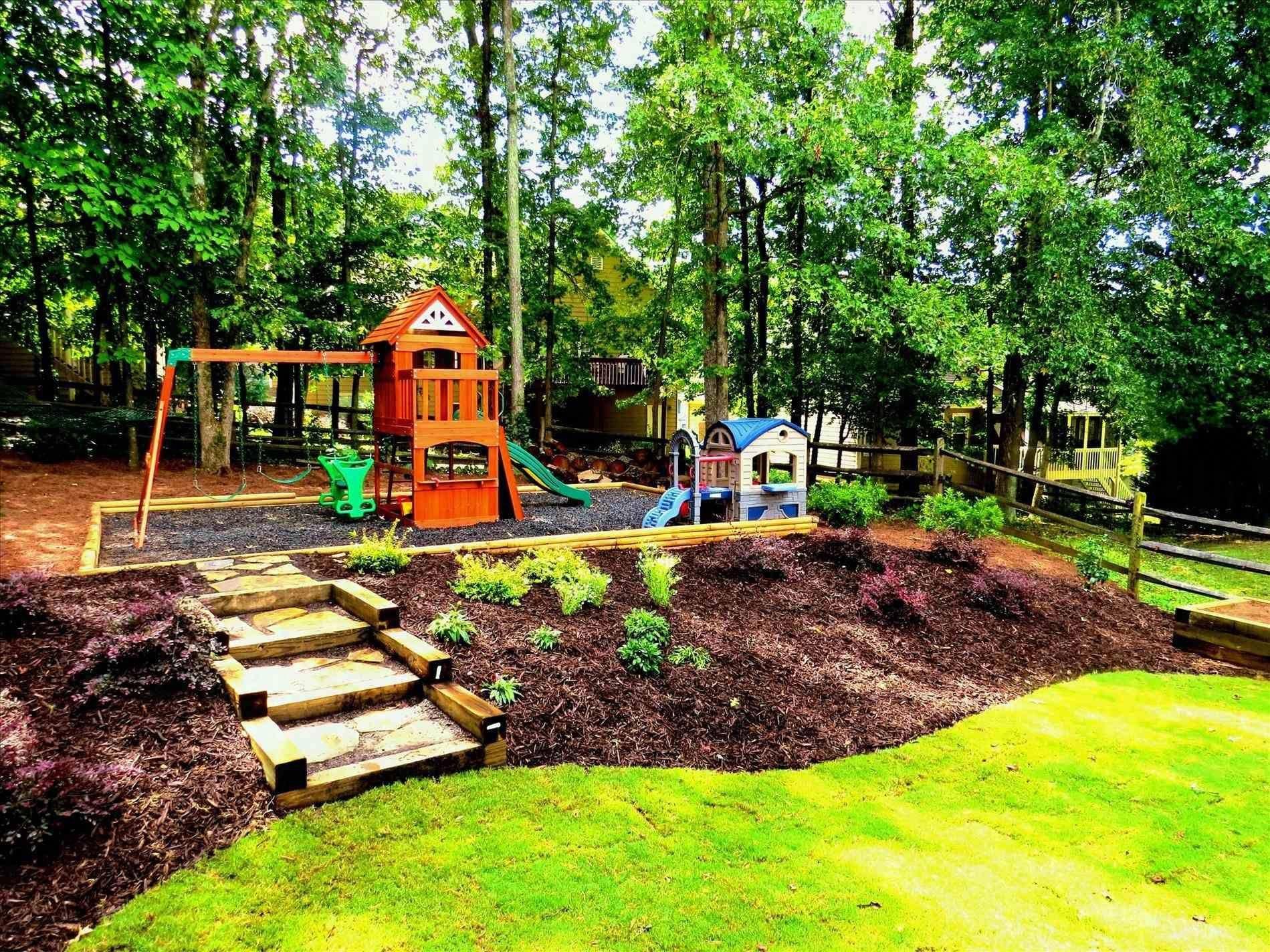 Landscape Design Homeandgardenlandscapedesign Sloped Backyard