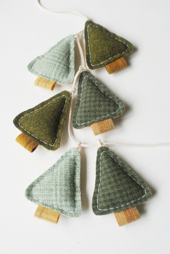 Woodland Holiday Garland  Primitive Christmas Pine by whatnomints