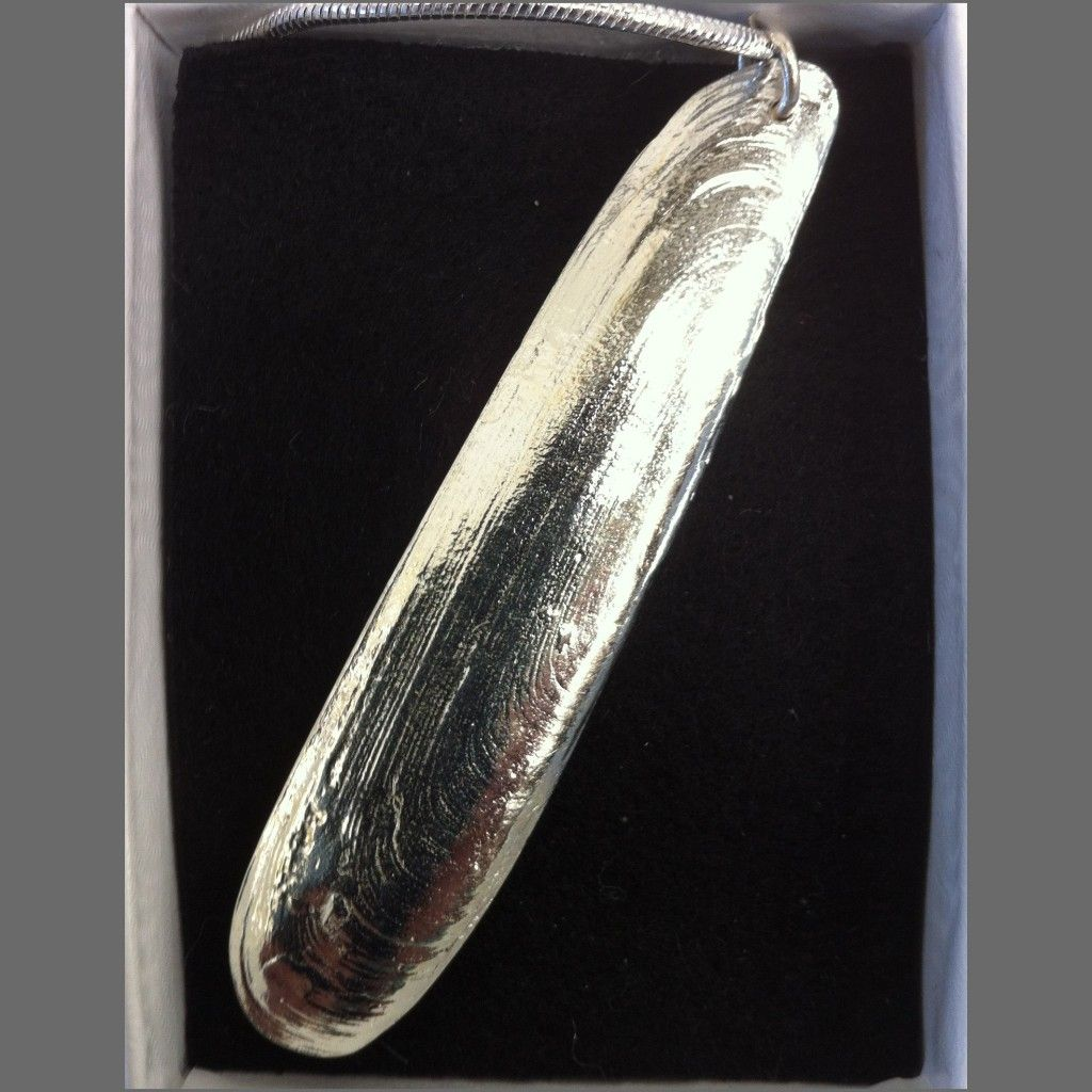 small razor clam shell cast in pewter and silver plated