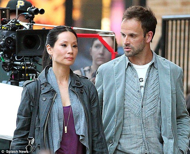 PICTURE EXCLUSIVE: Itu0027s Elementary, My Dear Lucy Liu! How The New Dr Watson  Waited For Her Perfect Sherlock To Sign Up Until She Joined CBS Hit