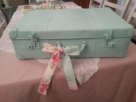 ~Shabby Delights~: ~Vintage Suitcase Make Over Part 2~