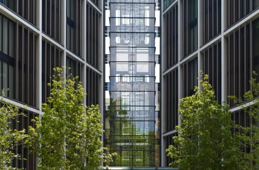 透明的芯线使骑士桥和海德公园之间形成视觉链接 in 2020 One hyde park, Hyde park