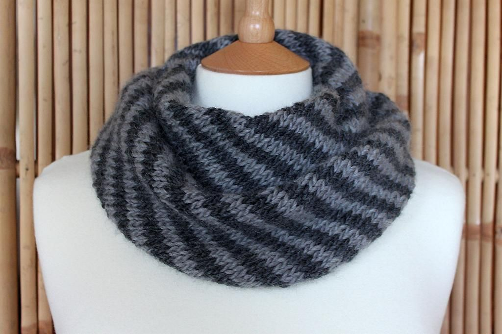 Splendid Striped Cowl By Imake Knitting Pattern Looking For Your