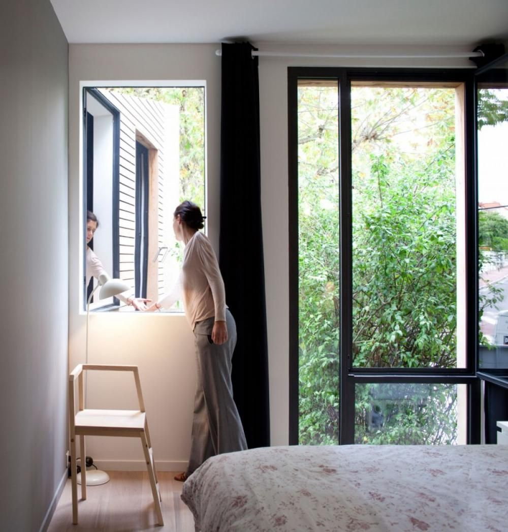 Modern Interior Bedroom With Wash Stand At The Corner And The Translucent Window With Green View Sustainable house design http://seekayem.com
