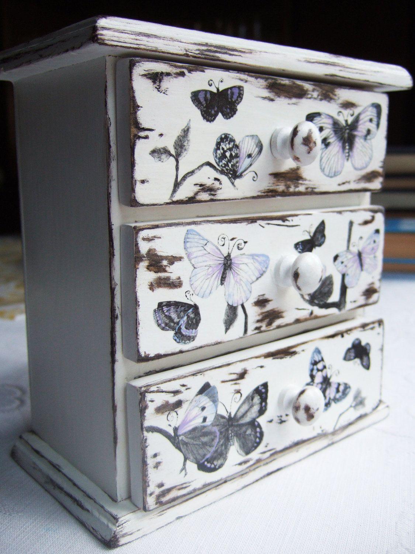pour faire ce style de meuble d couper et coller des illustrations style botanic vintage ou. Black Bedroom Furniture Sets. Home Design Ideas