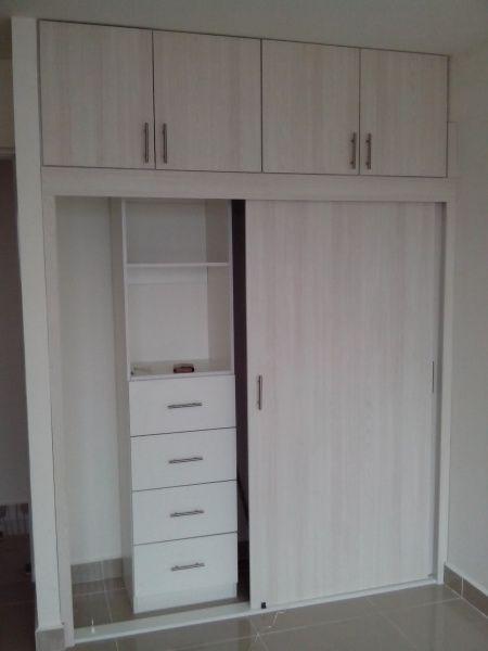 Closets economico cocinas y muebles decoraci n de for Programa para disenar closet y cocinas