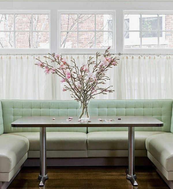 Wohnzimmer Ideen - An industrial steel table with modern elegance - wohnzimmer ideen modern