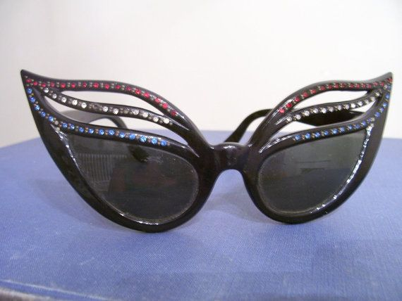 On hold  Rare Vintage 50s Bakelite Cat Eye Sunglasses  France Prescription