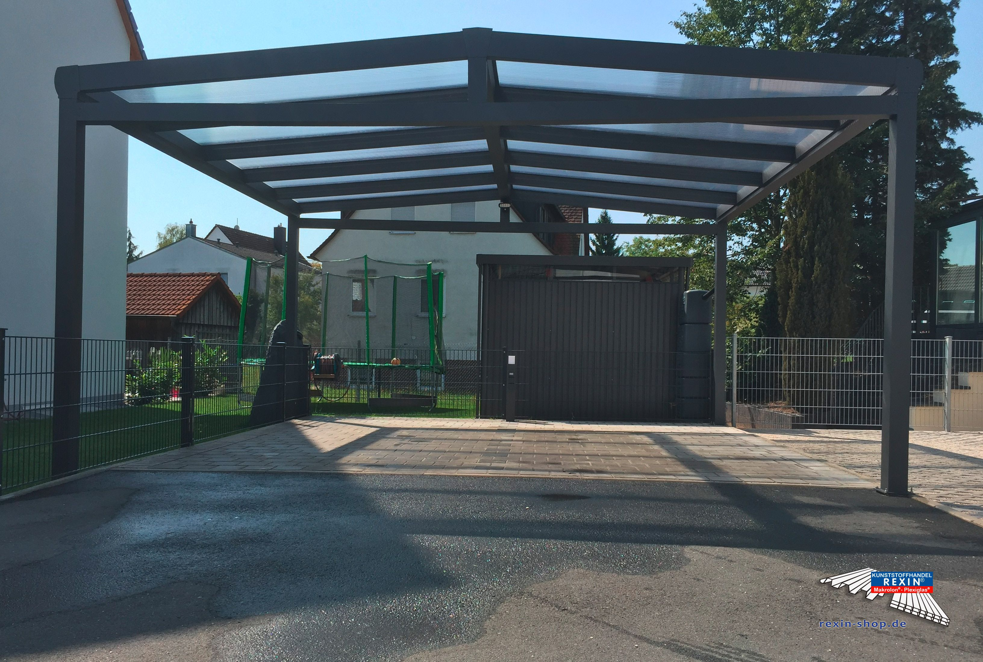 Beliebt Alu-Carport der Marke REXOport 5,12m x 5,06 m in Anthrazit. Unter DN56
