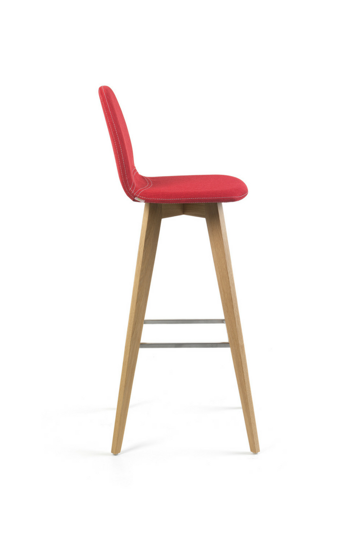 mood#11 h82 pb by mobitec. elegant bar chair with wooden feet