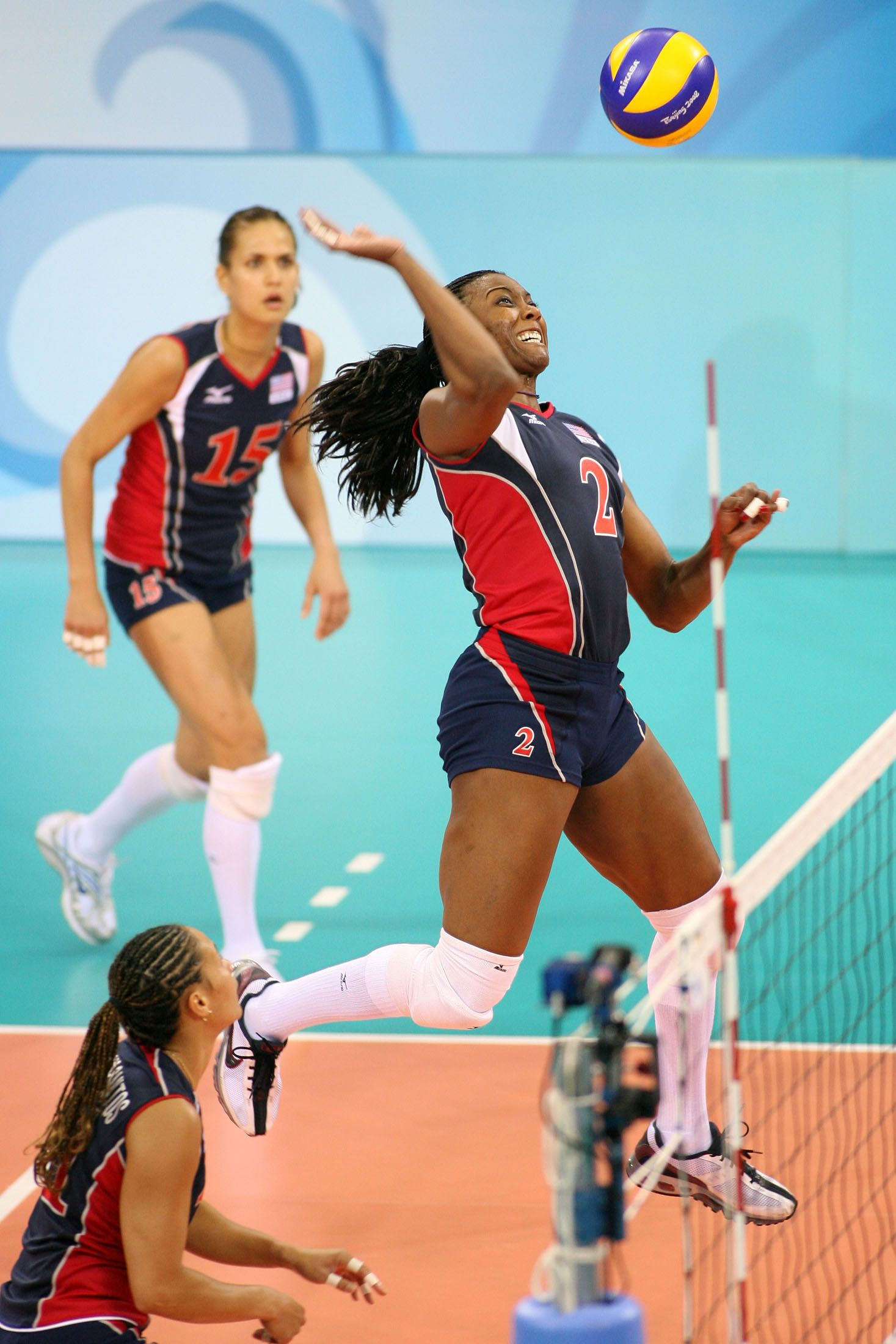 Famous Volleyball Player Profile Quick Facts On Famous Female Players In 2020 Female Volleyball Players Volleyball Players Famous Volleyball Players