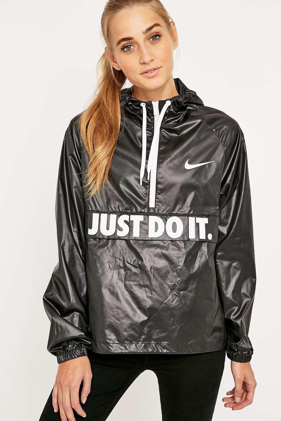 e169c2d3 Women's Black City Packable Jacket | Shiny nylon | Jacken ...