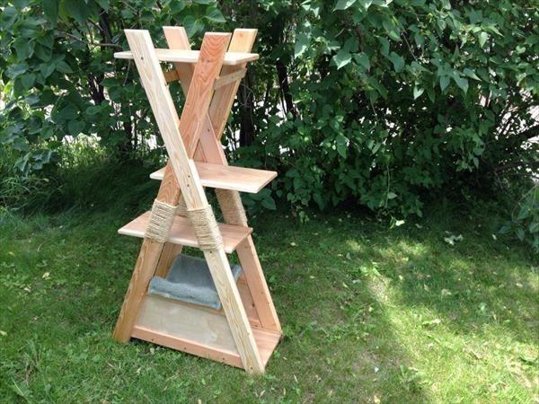 DIY Pallet Cat Tower | DIY | Diy cat tree, Cat house diy, Cat furniture