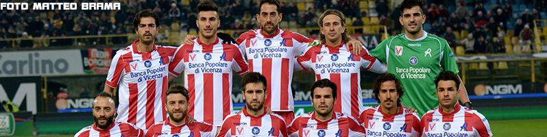 http://www.vicenzacalcio.it/ Statistiche calcio vicenza Info, Notizie su Giocatori, Partite ed altro della Squadra del Vicenza Calcio, Entra nella Comunita' dei tifosi del Vicenza Calcio piu grande d'Italia.