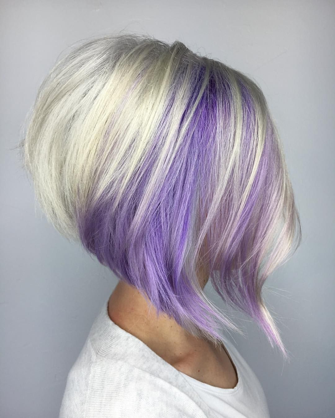 Purple And Blonde Stacked Bob Cool Hairstyles Pinterest
