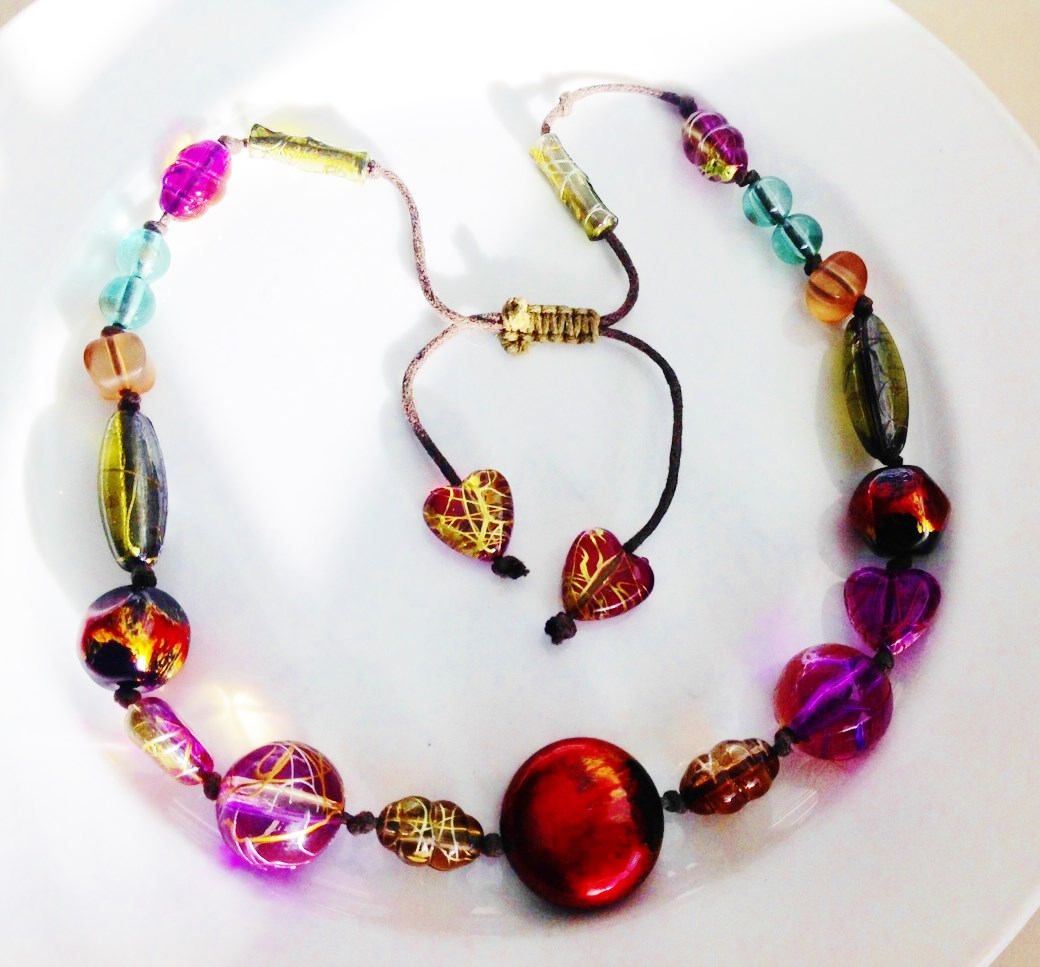 Found: An Amazing Vintage Jewel Tone Necklace from the1920s images