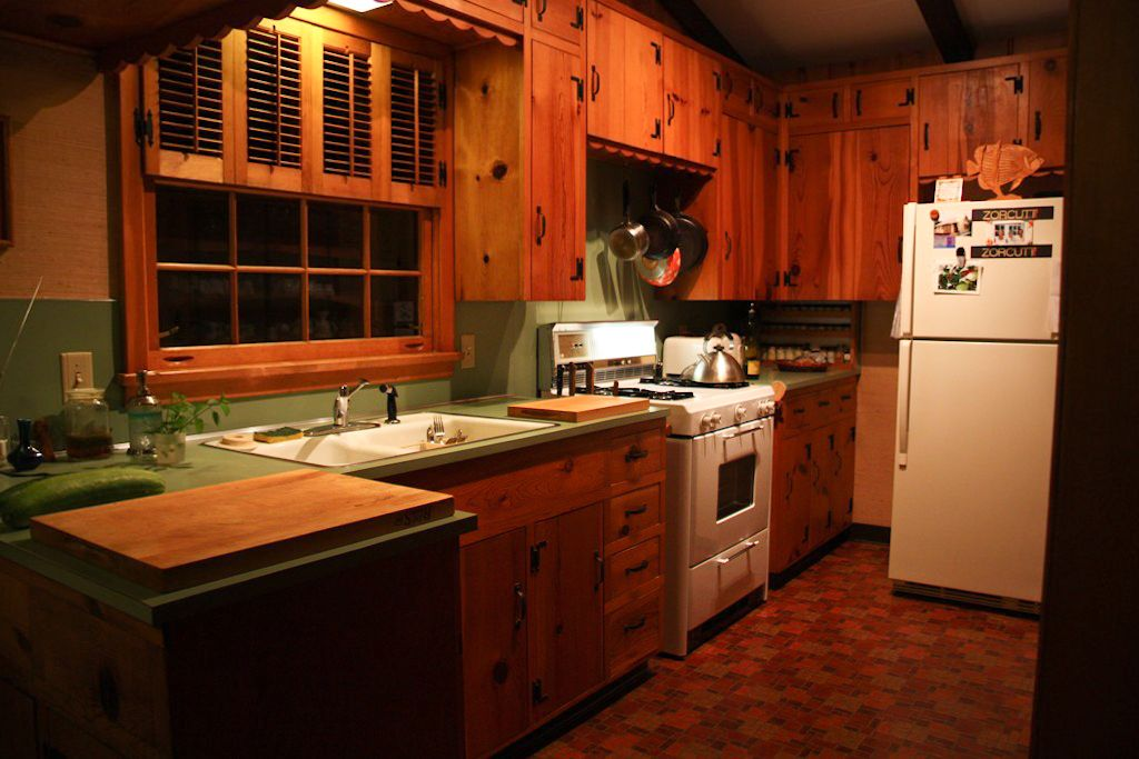 I Would Love To Have Vintage Knotty Pine Kitchen Cabs Like These