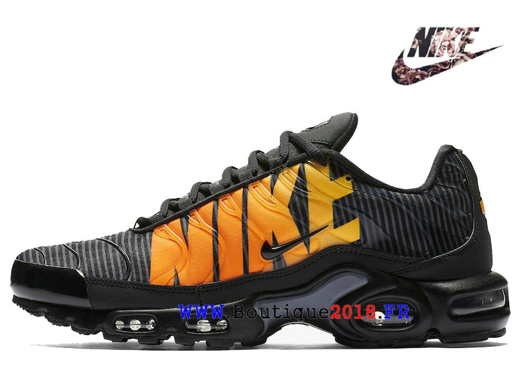 60c4bd97c78 Nike TN Air Max Plus SE Rayé Orange Noir AT0040-002 Chaussures de  Basketball Homme