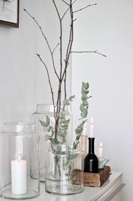 kerzen eucalyptus and zweige dekoideen sideboard vasen glas minimal skandinavische. Black Bedroom Furniture Sets. Home Design Ideas