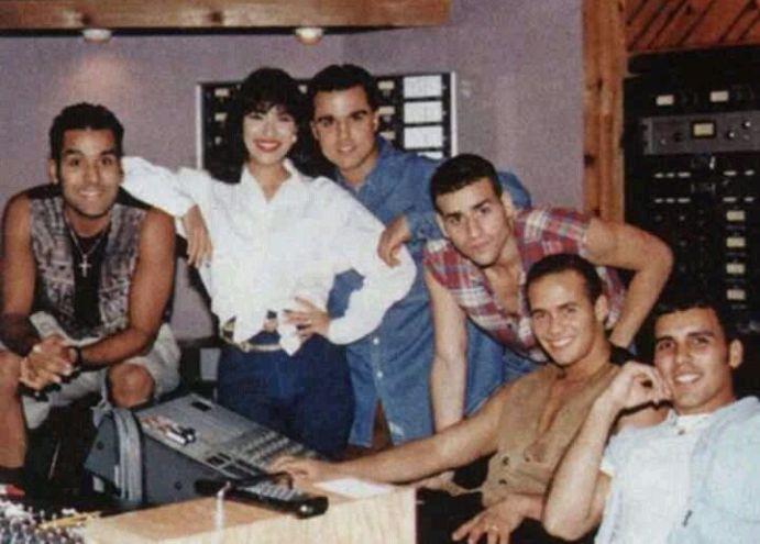 Selena & Barrio Boys