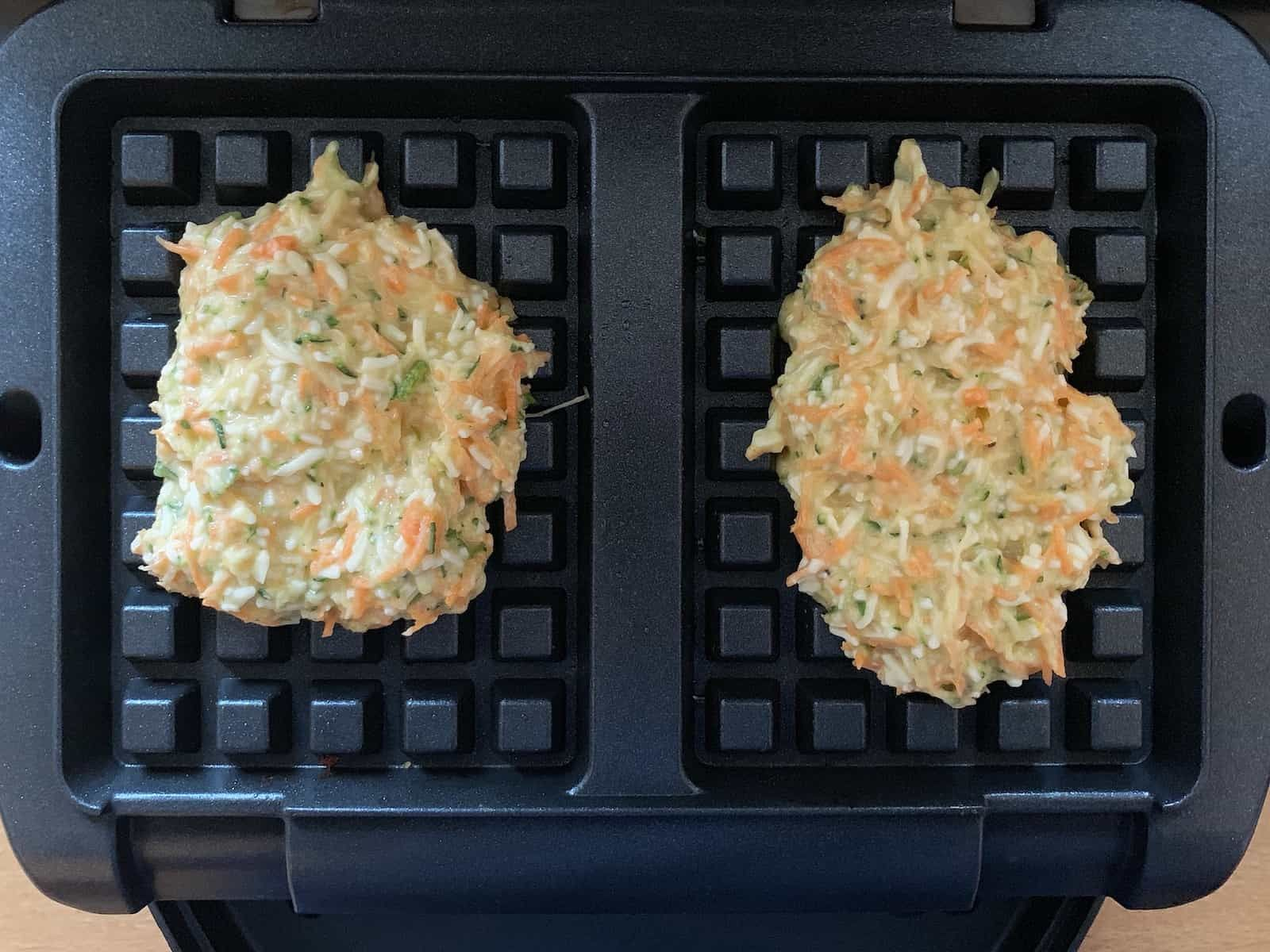 Gemüse-Rösti-Waffeln mit Frischkäse-Quark-Dip - OptiGrill Rezepte