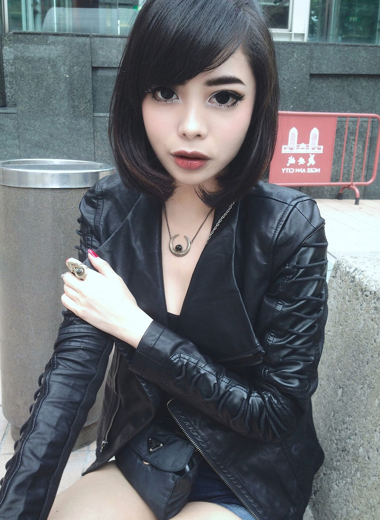 Short Haircuts Goth Girls Topsimages