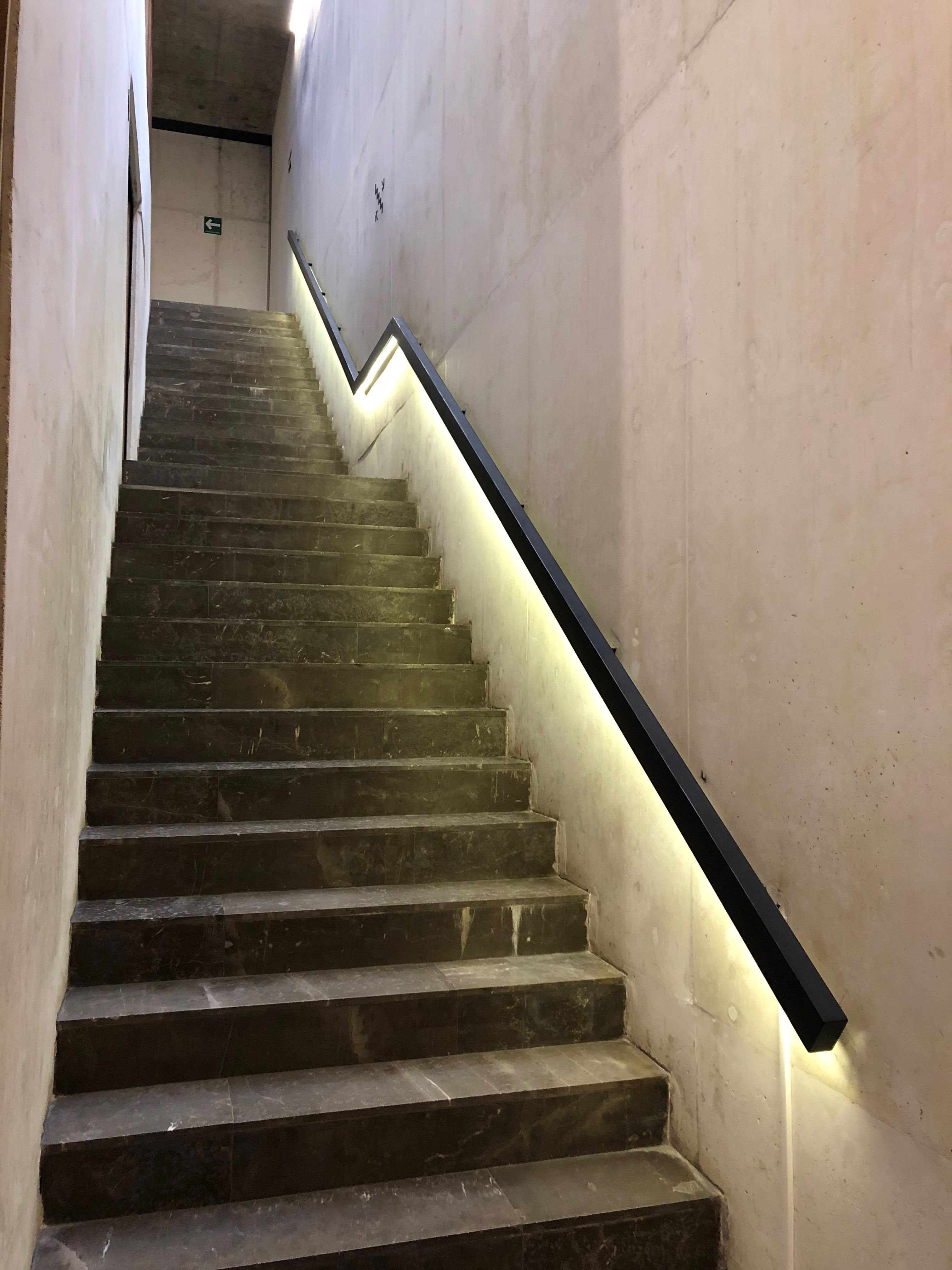 Best Lower Level Stair Stairs 400 x 300