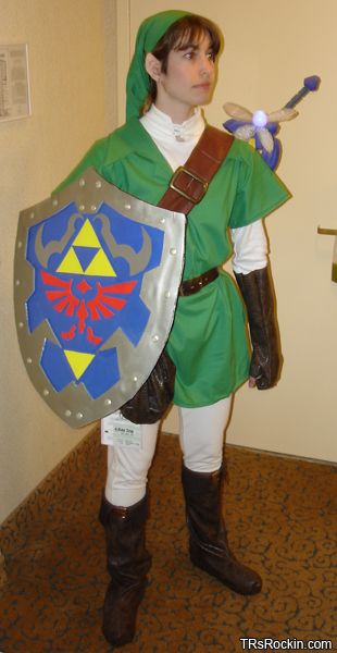 how to make a link costume? um yes, thankyou. Id rather be sheik ...