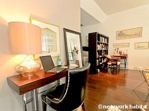 Discount This Cozy Studio Apartment In Long Island City Is The Ideal Place To Stay In Queens New York Accommodation Furnished Apartment Cozy Studio Apartment