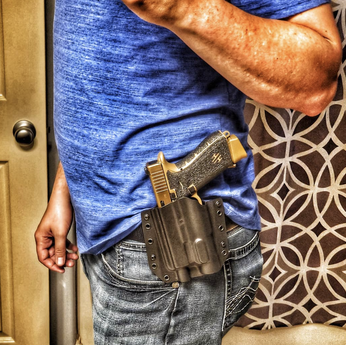 Testing out my new @bravoconcealment light bearing holster