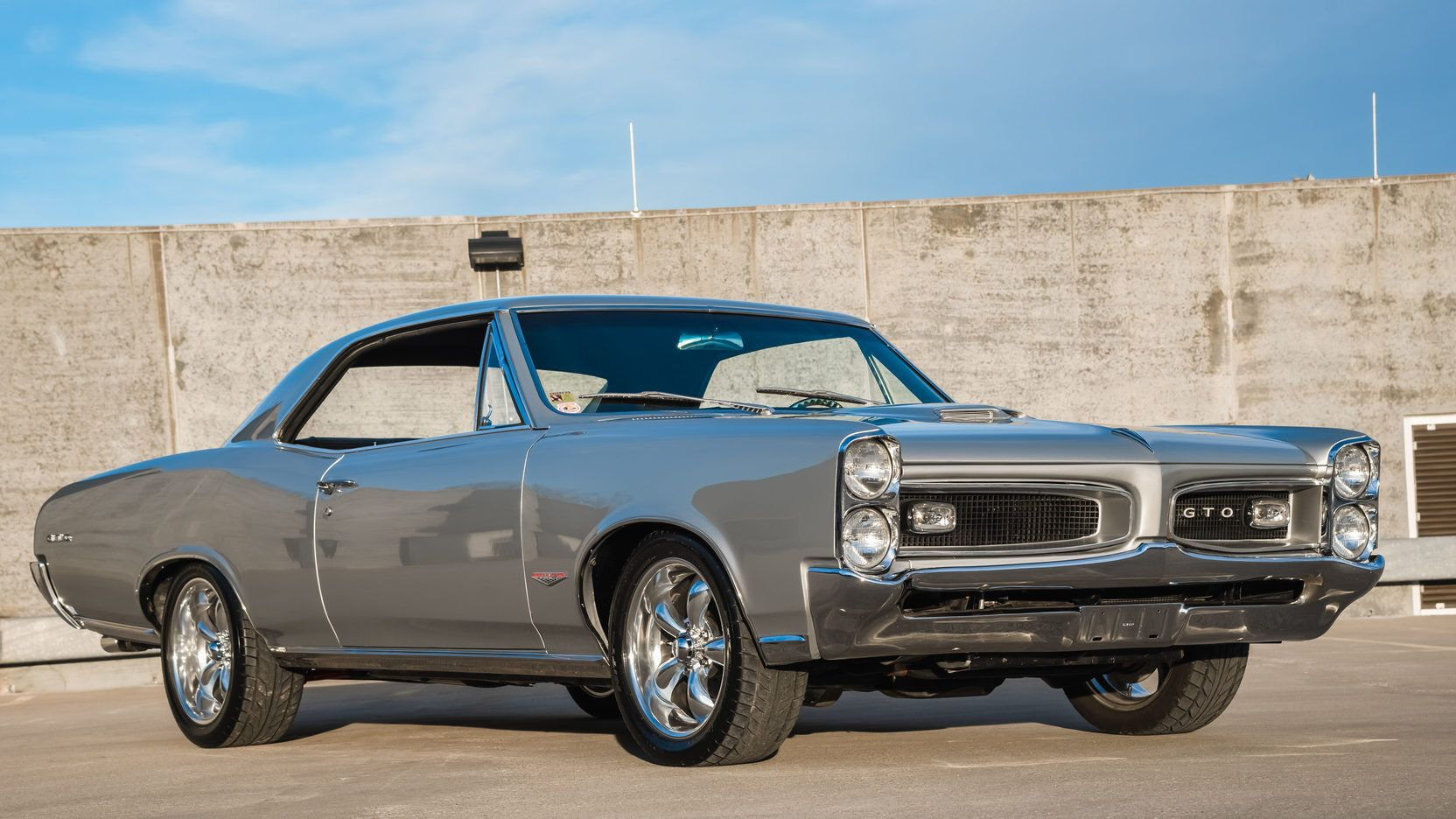 1966 pontiac gto presented as lot s190 at kansas city mo cars rh pinterest com