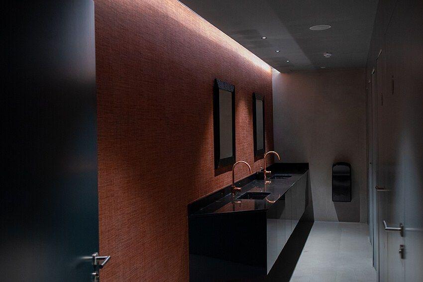 NuBis Centre - Bathroom | Bathroom mirror, Marble floor ...