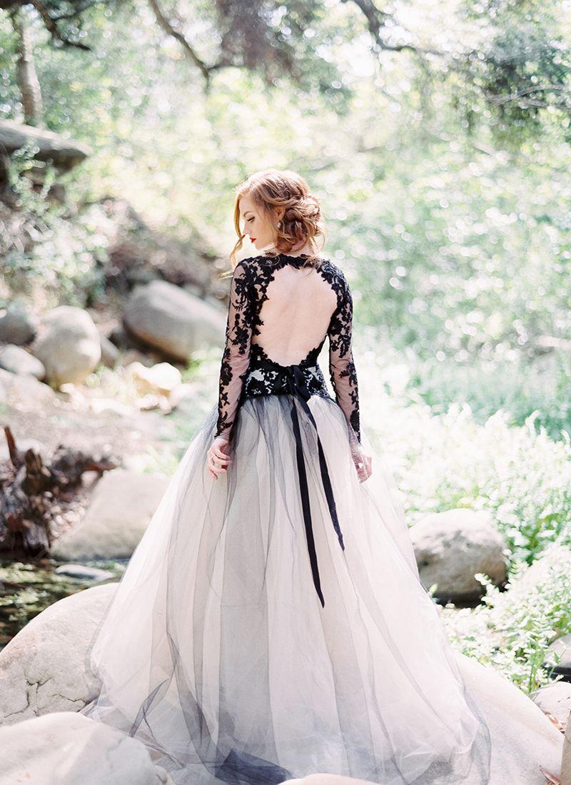 The edgy elegance trend high contrast black u white wedding