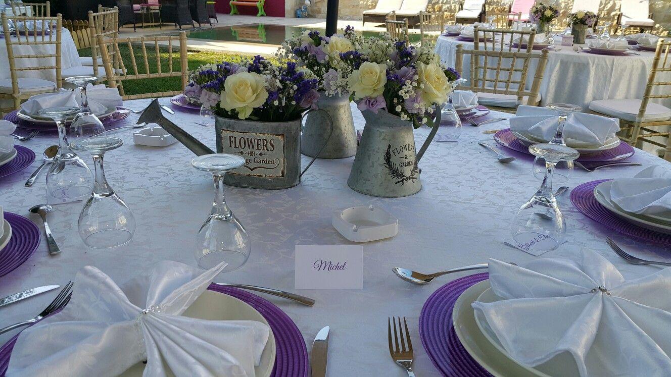 Purple campagnarde decoration