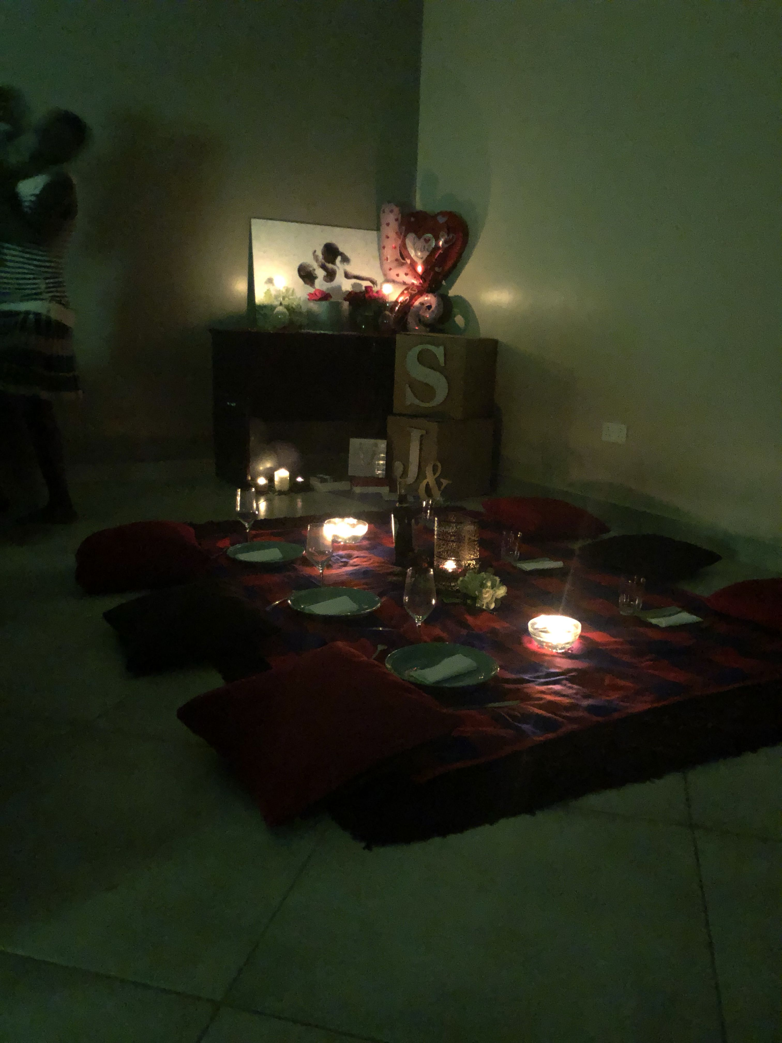 Intimate Indoor Picnic Indoor Candlelight