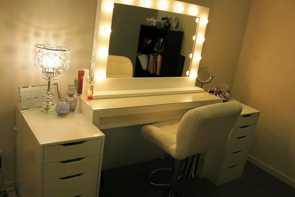 Vanity With Lights Around Mirror Off 66, Mirror With Lights Around It