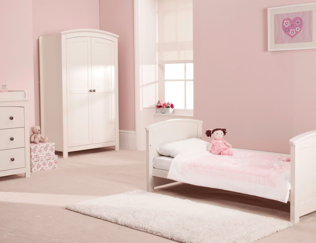 The Ashby Style nursery furniture from Silver Cross. The complete ...
