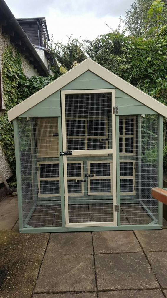 Would Need To Be Longer At The Front At Least To House Rabbits But A Cute Design Big Rabbit Enclosures Can Look Ni In 2020 Rabbit Enclosure House Rabbit Rabbit Shed