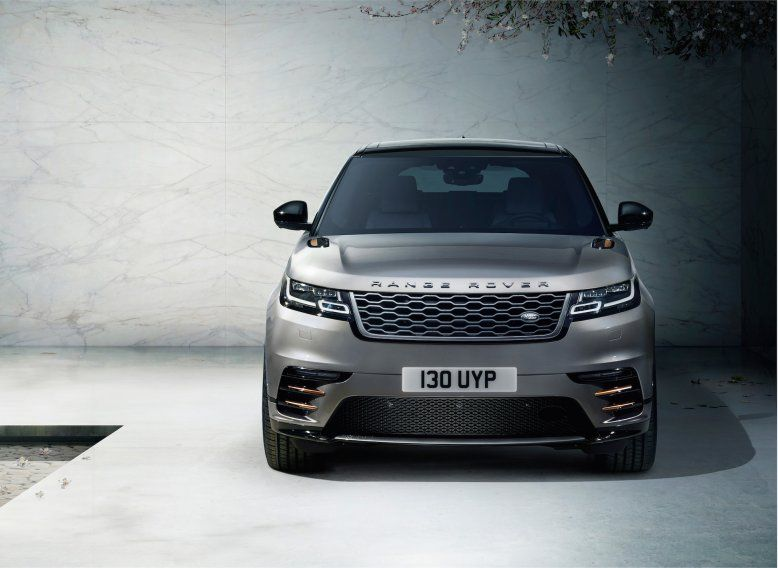 Range Rover S Stunning Porsche Fighter Is Here And It S A High Tech Marvel Range Rover Suv Range Rover Range Rover Black