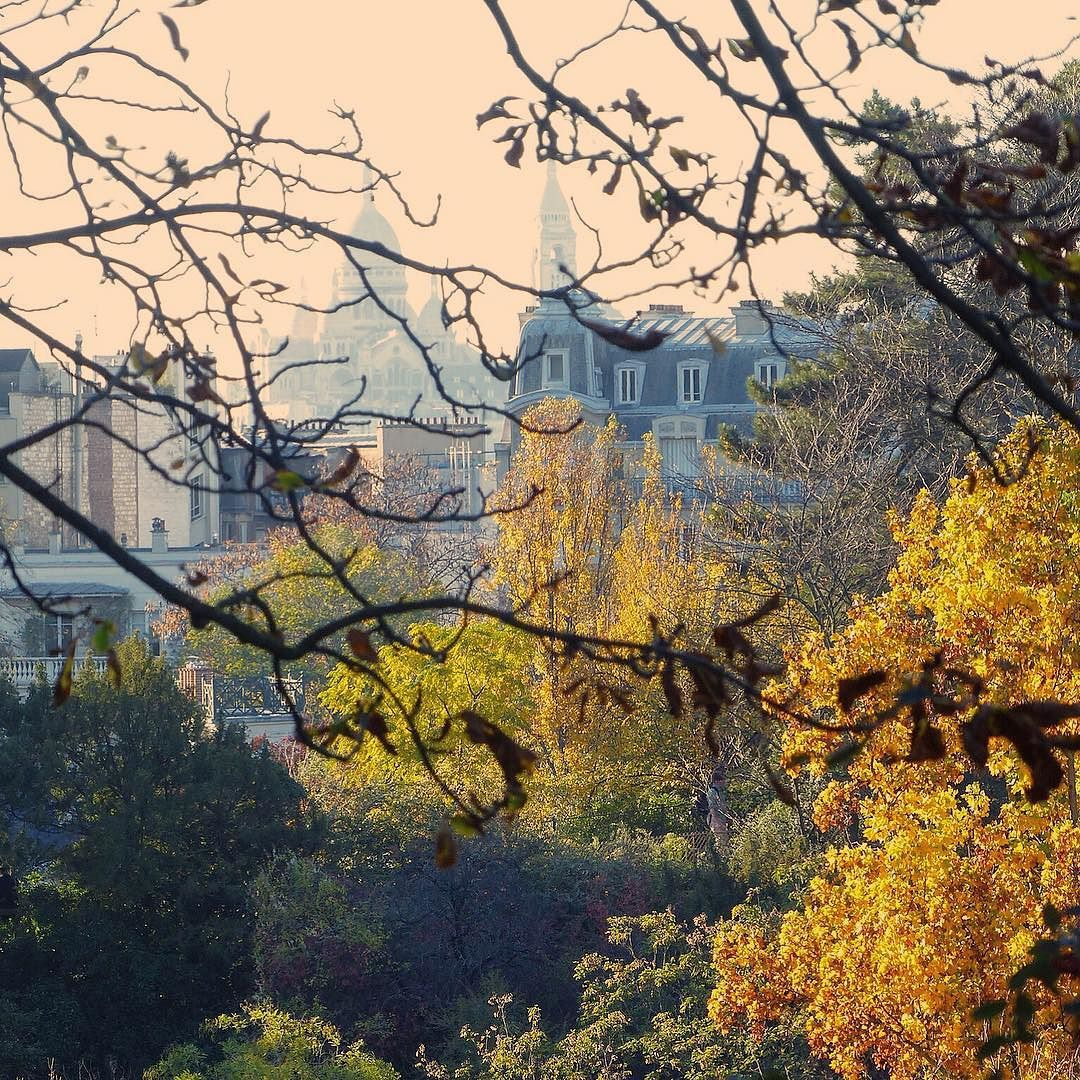 "The ""Sacré Cœur "" from the garden of ""les Buttes Chaumont"" by clangart"